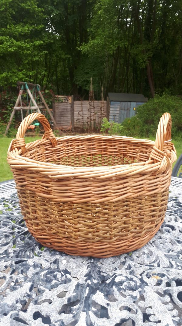 Small side handled basket with zig zag weave